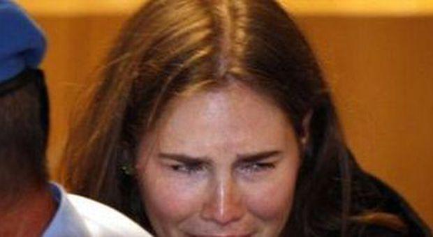 La crisi di pianto di Amanda Knox dopo la sentenza
