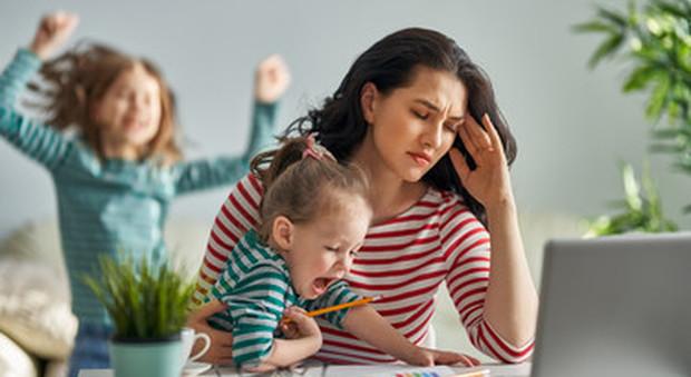 Istat, aumentano le diseguaglianze per le lavoratrici. Per le donne più difficile conciliare casa e lavoro