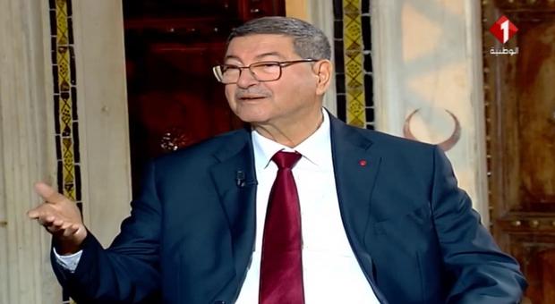 Tunisia, malore in diretta tv: l'ex premier Habib Essid è in terapia intensiva
