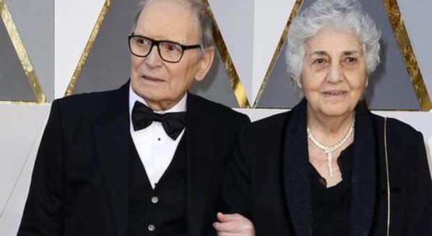 Ennio Morricone, il Papa ha telefonato alla moglie: l'ha confortata dicendo che prega per lui
