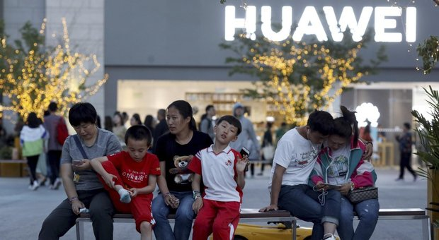 Huawei, piano B: alternativa al Play Store di Google