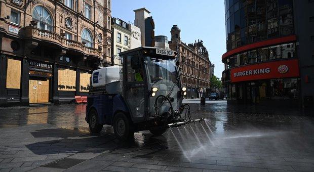 Coronavirus, a Leicester 658 nuovi casi in due settimane. «Folla nei pub, città a rischio lockdown»