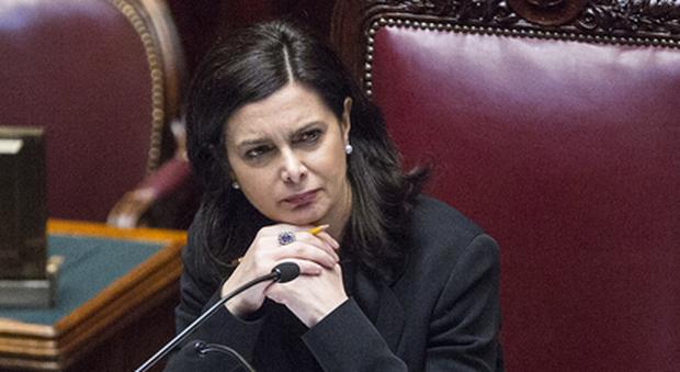 Laura Boldrini aggredita all'aeroporto di Fiumicino: «Prima gli italiani, vergogna»