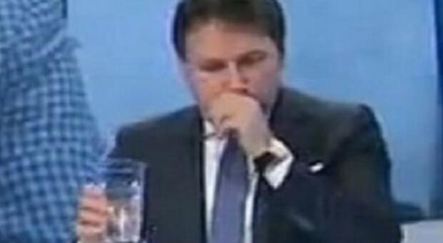 Conte da Lilli Gruber tossisce, Palazzo Chigi: «Corde vocali affaticate, il tampone è negativo»