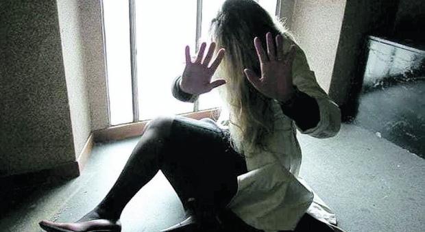 Tivoli, tre anni di minacce e aggressioni sulla moglie davanti ai figli: arrestato marito violento - Il Messaggero