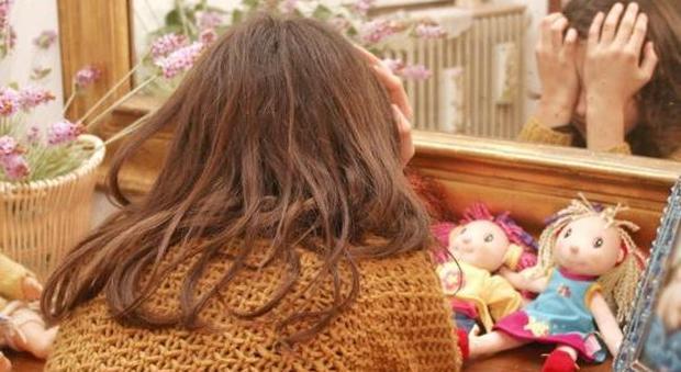 Rovigo, «Sei lenta a cucinare»: figlia punita con l'acqua bollente della pentola
