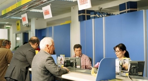 Pensioni settembre in pagamento dal 26 agosto: ritiro in contanti alle Poste con i turni in ordine alfabetico