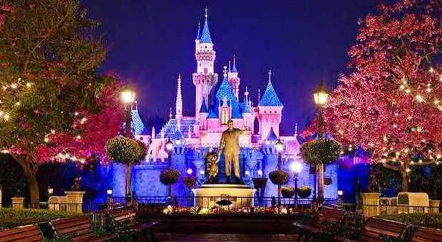 Shangai, l'avventura di Disney: 60 anni dopo il primo parco divertimenti il colosso Usa sbarca in Cina