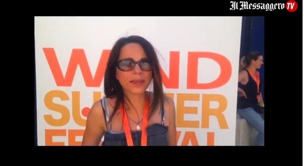Tre domande a Valeria Rossi: «I vestiti? Ne farei a meno: potrei andare in giro nuda»