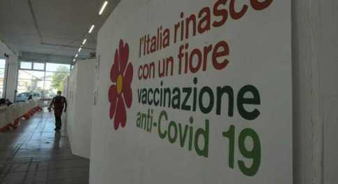 Festa di laurea con contagio: 20 in quarantena a Scanno