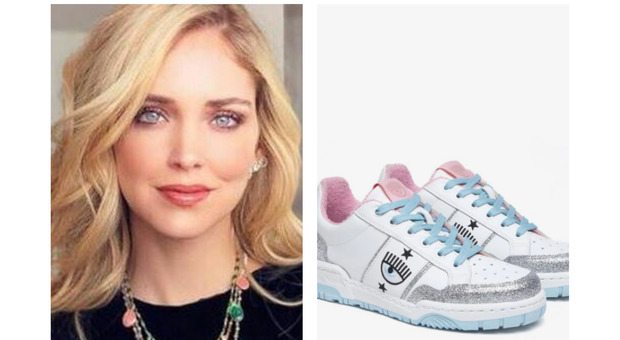 Chiara Ferragni lancia le nuove sneakers con l'iconico occhio, ma non sono più disponibili: fan delusi
