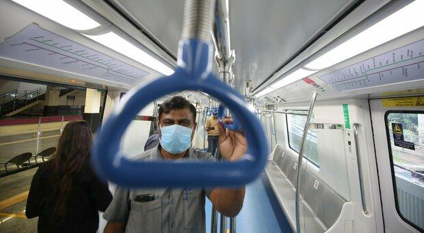 Covid, 870 mila morti nel mondo: in India 4 milioni di casi. Gli Usa rischiano di avere il doppio delle vittime