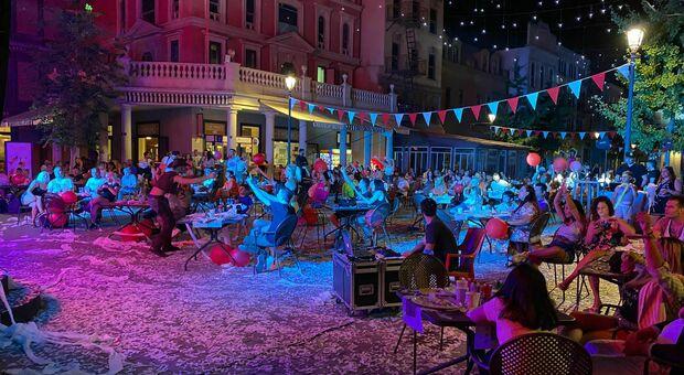 Roma, festa con 300 persone al parco divertimenti dell'Eur: blitz dei vigili