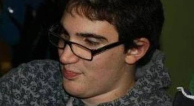 Coronavirus Predappio, morto a 26 anni caposcout Andrea Tesei: era uscito dalla terapia intensiva