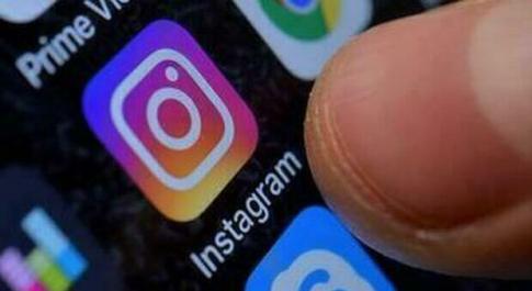 Instagram down, l'app di foto si blocca di nuovo: segnalazioni da tutta Italia