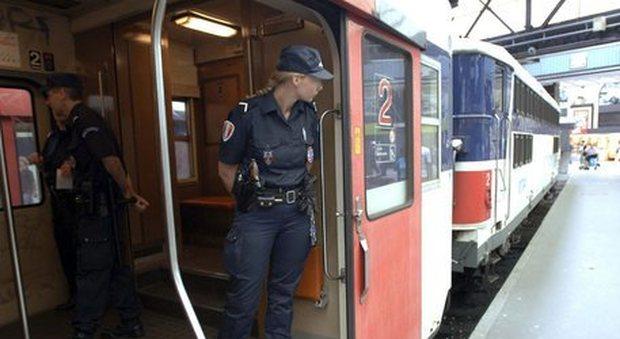 Parigi, un bimbo nasce in metropolitana: viaggerà gratis