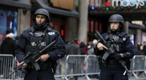 Paura attentati, squadre antiterrorismo pattugliano i cinema di New York