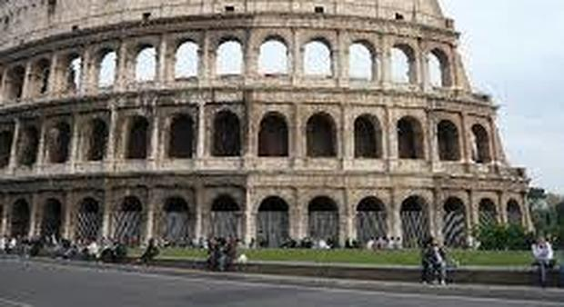 Roma re cesso mundi il bagno pubblico dove c è funziona e