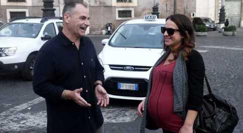 Minaccia d'aborto al nono mese, soccorsa ad un tassista gentiluomo