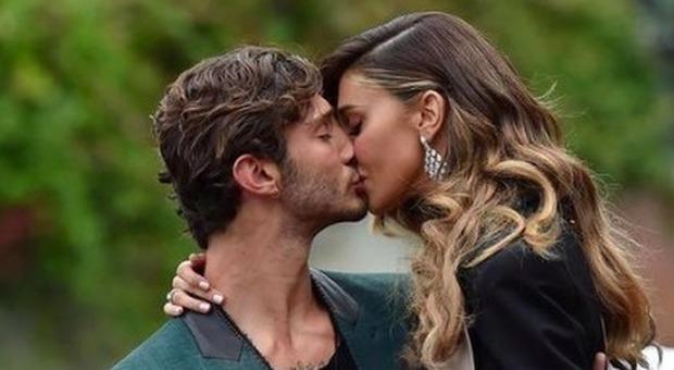 Belen e Stefano De Martino insieme a Sanremo Young, la minaccia di lei spiazza tutti