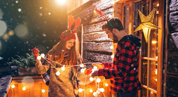 immagine Chi decora la casa per Natale in anticipo è più felice
