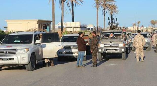 La variante Delta dilaga in Libia, record di contagi: quasi 3000 casi in un giorno. A Taranto, focolaio in hotspot migranti