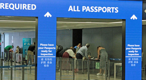Studenti positivi bloccati a Malta, le autorità dell'isola organizzeranno voli per i rimpatri