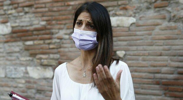 Raggi: «I sondaggi mi danno in ascesa. I rifiuti a Roma? Sono indignata con Zingaretti»