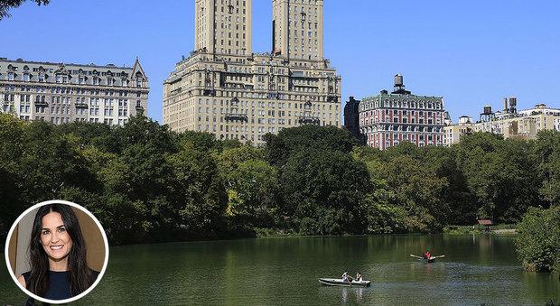New York Demi Moore Svende Attico Con Vista Su Central Park Da 75