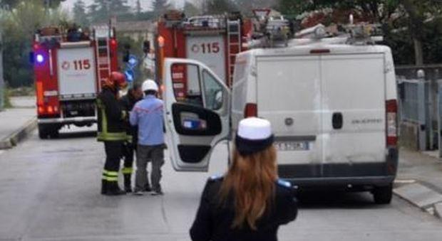 Anzio, fuga di gas vicino alla stazione di Villa Claudia: evacuati palazzi, strade chiuse