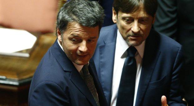 Manovra, Renzi: «Stop tasse su auto aziendali, plastica e zucchero»