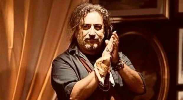 Gianni Colajemma morto di Covid, l'attore e regista barese aveva 62 anni. Il sindaco di Bari: «Virus maledetto»