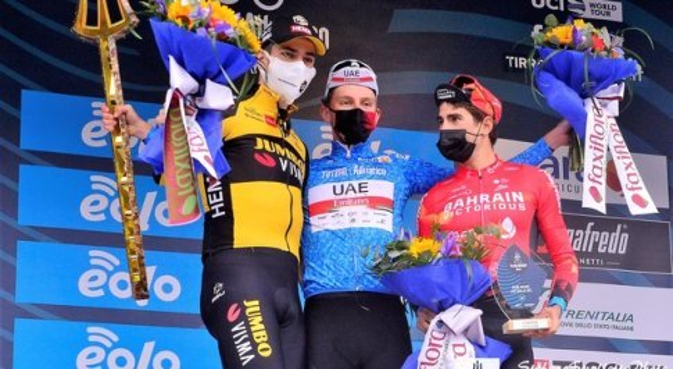 Il podio finale della Tirreno-Adriatico 2021 - credit photo Stefano Spalletta