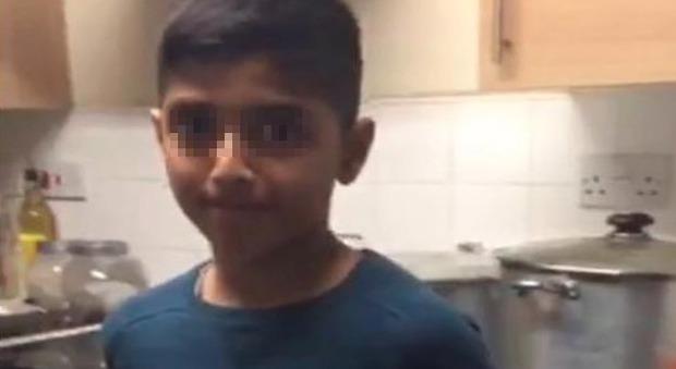 Gran Bretagna, 11enne si uccide nella sua stanza: i bulli lo perseguitavano nella nuova scuola