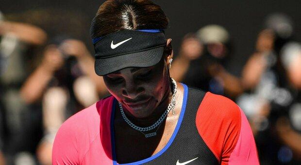 Serena Williams eliminata, scoppia in lacrime: «Ma non mi ritiro». Finale Osaka-Brady