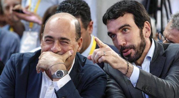 Pd, l'ultima manovra tra Martina e Minniti: ecco il patto anti-Zingaretti