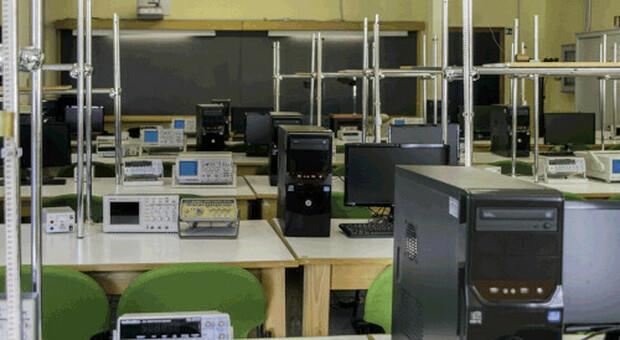 Un laboratorio di Fisica dell'Università della Tuscia