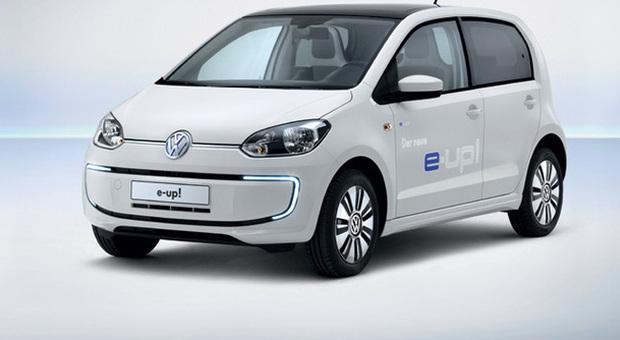 volkswagen up elettrica 130 km h 150 km autonomia ricarica in 30 39. Black Bedroom Furniture Sets. Home Design Ideas