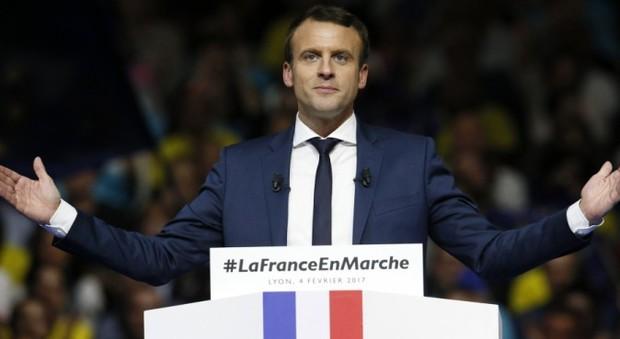 Macron, l'Ue tira un sospiro di sollievo. Gentiloni: «Una speranza si aggira per l'Europa»