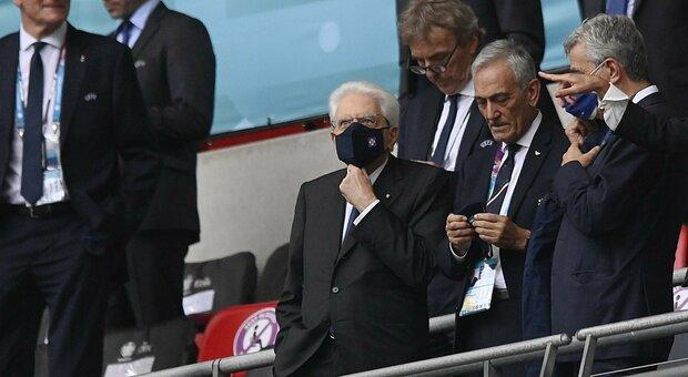 Italia-Inghilterra, Mattarella a Wembley. Il saluto di Johnson: «Forza Italia»