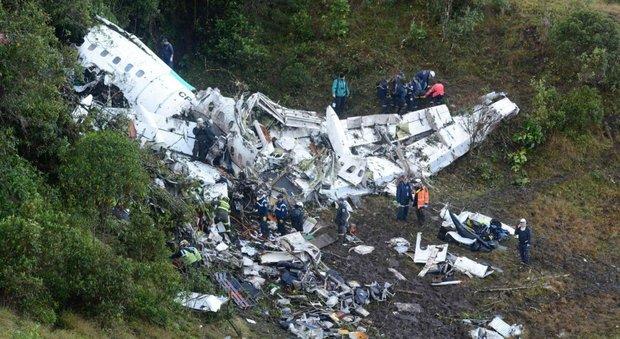 Aereo caduto in Colombia, i precedenti: tutti i voli precipitati per mancanza di carburante