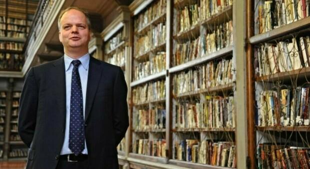 Covid, positivo il direttore degli Uffizi, Eike Schmidt. L'annuncio: «Sono in auto-isolamento, ma il lavoro continua»