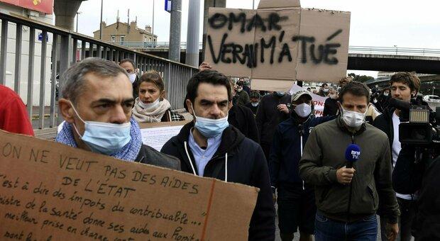 Covid, Francia: oltre 12 mila casi in un giorno. In Gran Bretagna superati i 7.000 contagi