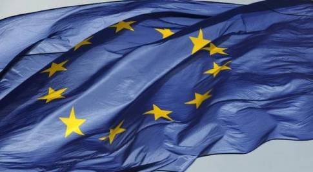 Italia anti-Ue: solo il 44% vuole restare in Europa: è il dato peggiore tra i 28 Paesi membri