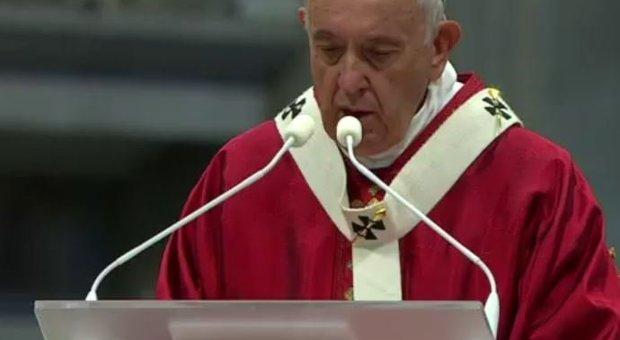 Il silenzio del Papa sull'attacco di Erdogan ai curdi, all'Angelus nessuna parola di condanna