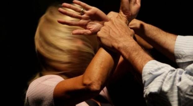 Giulianova, «se non ritiri la denuncia ti ammazzo»: 47enne arrestato