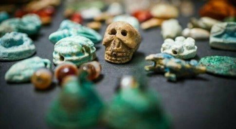 La maledizione di Pompei, donna restituisce reperti rubati negli scavi: «Da allora solo sciagure nella mia vita»