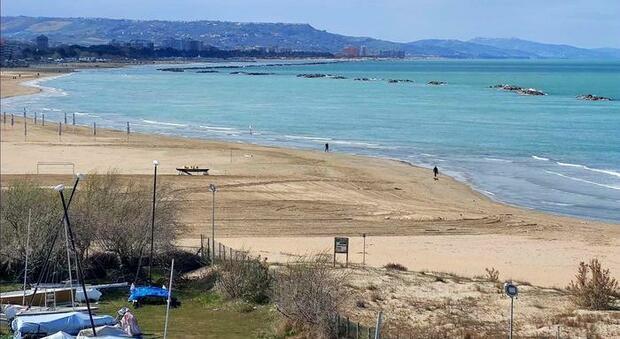 Covid, Marsilio: «Bene Governo, l'Abruzzo è pronto a riaprire. In arrivo quinta settimana con numeri da zona gialla»