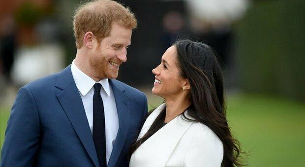 Intervista a Meghan e Harry, rumor da palazzo: «La regina è pronta a vendicarsi se ci saranno attacchi»