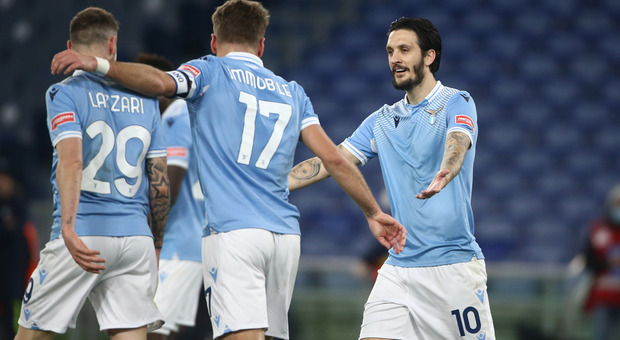 Lazio, gol da videogame: tutta la squadra tocca il pallone, poi Luis Alberto segna (FOTO MANCINI)